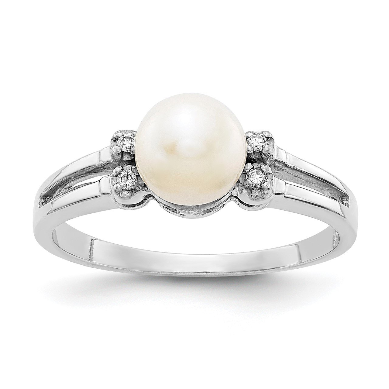 14k White Gold 6mm FW Cultured Pearl AA Diamond ring
