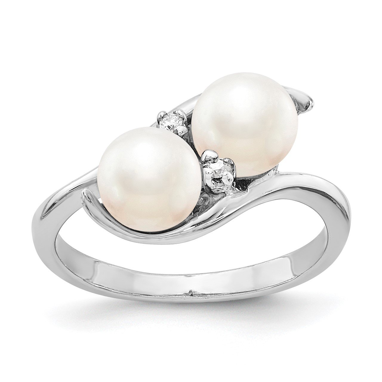 14k White Gold 6mm FW Cultured Pearl A Diamond ring